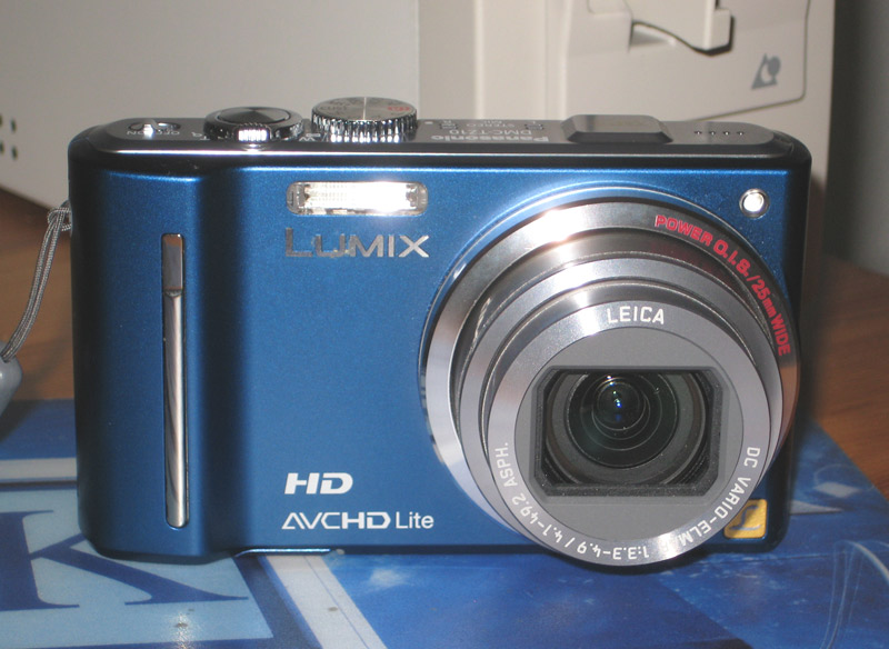 Lumix TZ10 Digicam